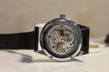 Replica Uhren Nomos Glashutte Timeless Club II Rezension