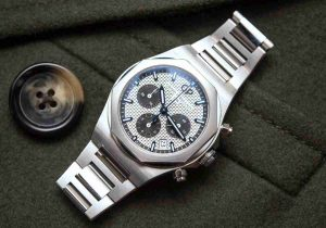 Replica Uhren Girard-Perregaux Laureato Chronograph 38mm Referenz 81040-11-131-11A Rezension