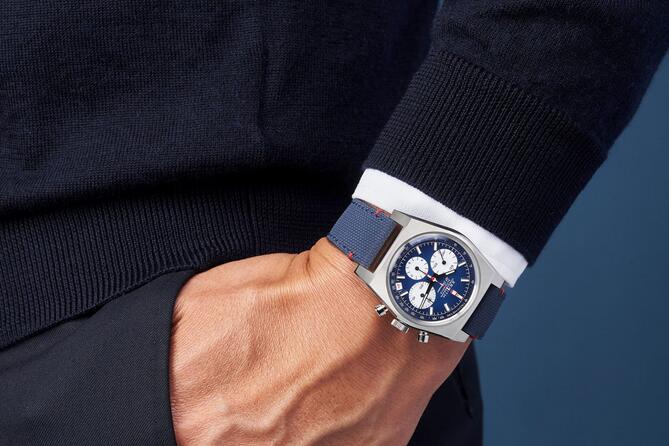 Replika Uhren Zenith Chronomaster El Primero Revival Liberty Automatik Chronographen 3