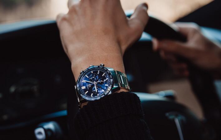 Vorstellung der neuen Replik Uhren TAG Heuer Carrera Sport Chronographen 3